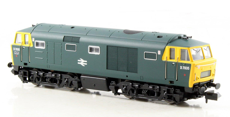 Class 35 Hymek #D7035 BR Blue Full Yellow Panels Dummy