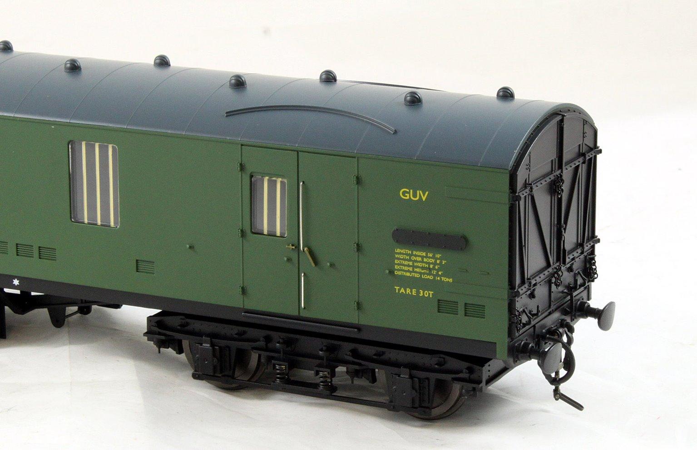 BR Mk1 57' GUV SR Green