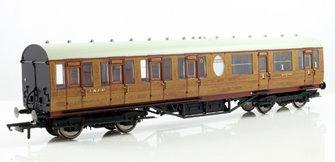 LNER Thompson Non-corridor (Lavatory) Composite Coach