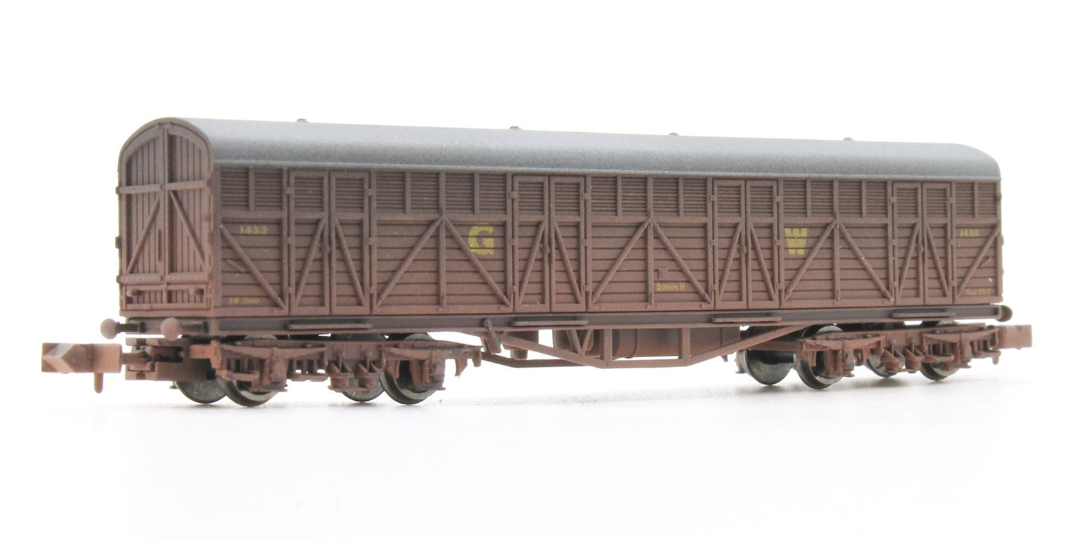 Siphon H GWR 1432 Weathered Van