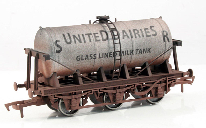 SR United Dairy 6 Wheel Milk Tanker - Weathered