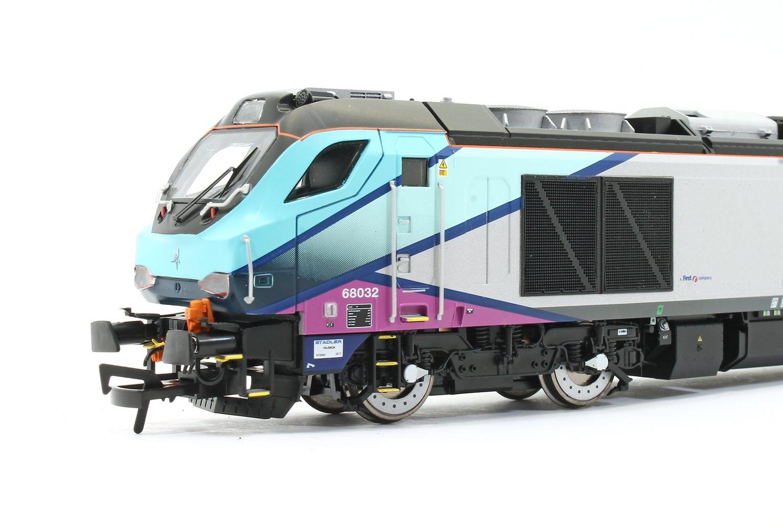Class 68 032 'Destroyer' Transpennine Express TPE Livery Diesel Locomotive