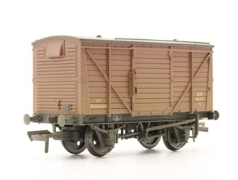 12 Ton Planked Ventilated Van BR Bauxite Weathered