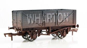 Arthur Wharton 7 Plank Wagon - Weathered