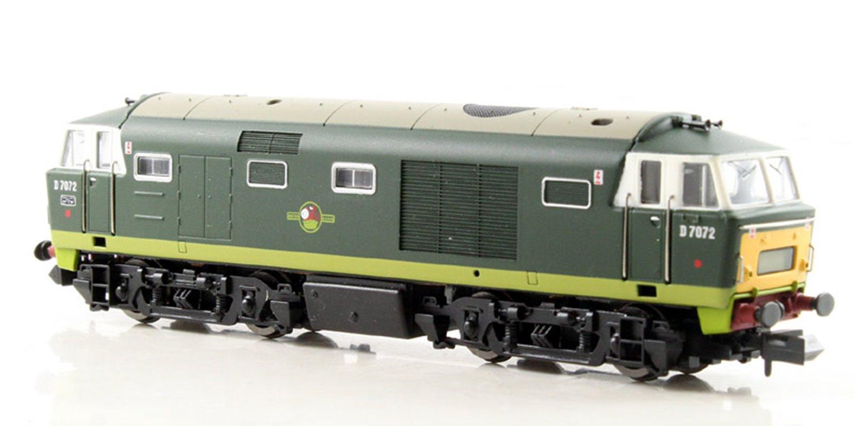 Class 35 Hymek #D7072 Two tone Green SYP Dummy car