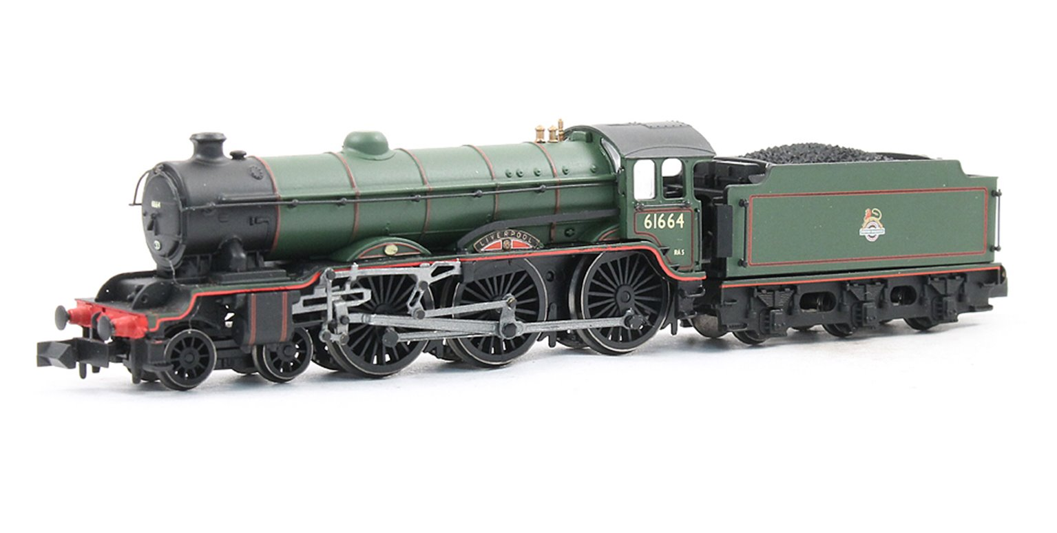 """Class B17 4-6-0 61664 """"Liverpool"""" in BR green with early emblem. DCC Fitted"""
