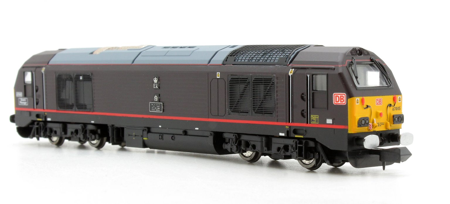 DB Schenker Class 67 005 Queens Messenger Royal Claret