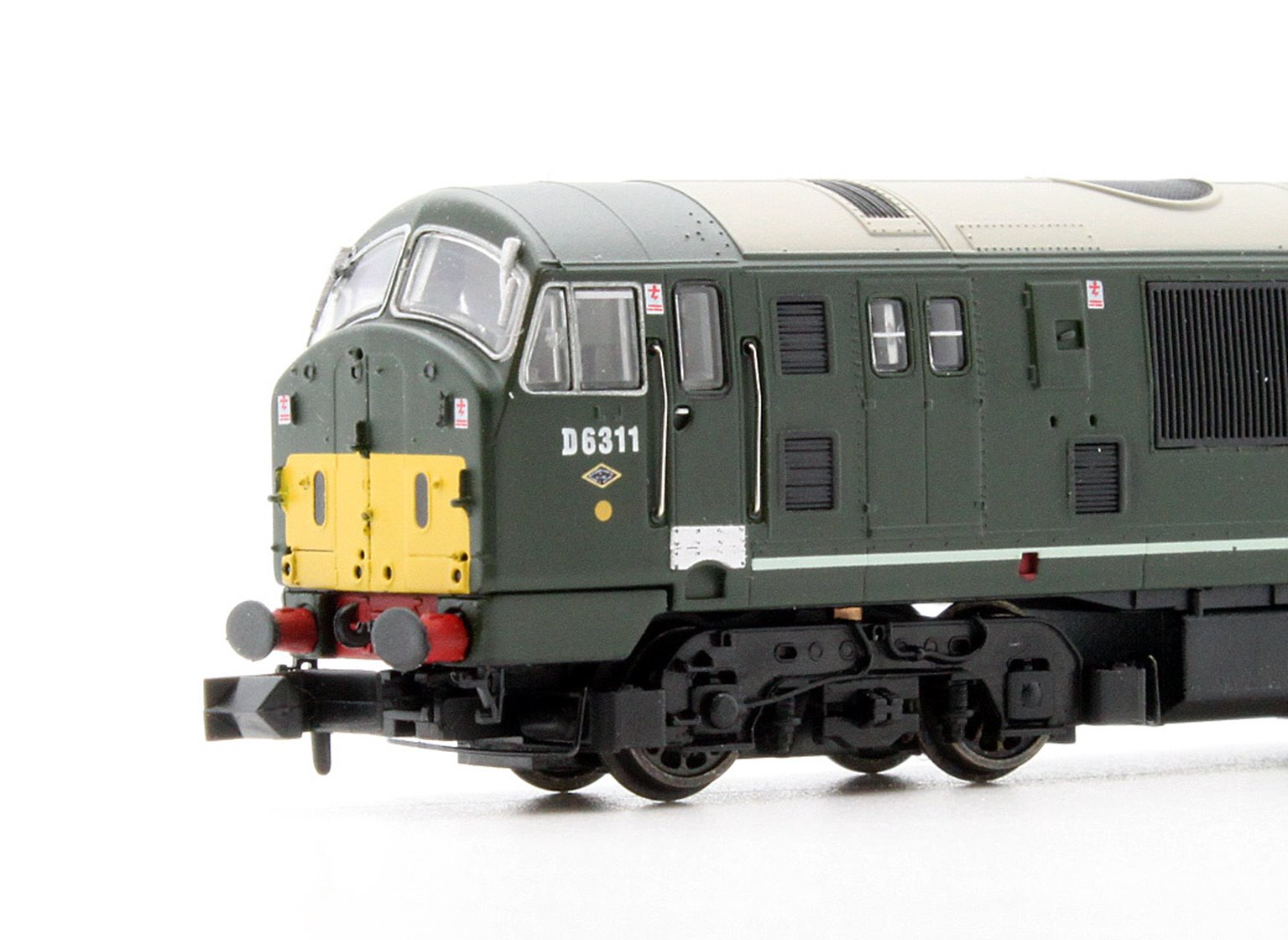 Class 22 - D6311 BR Green (Small Yellow Panel) Diesel Locomotive