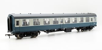 BR Mk1 SO Second Open Blue & Grey E5057