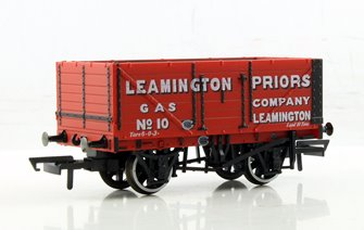 7 plank wagon 10 Leamington Priors Gas Mineral Wagon