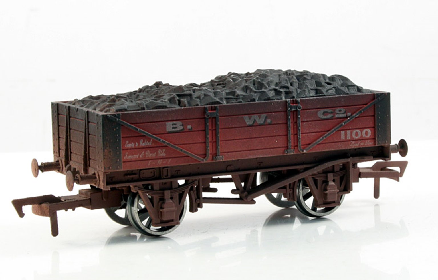 B W Co 4 Plank Wagon - Weathered