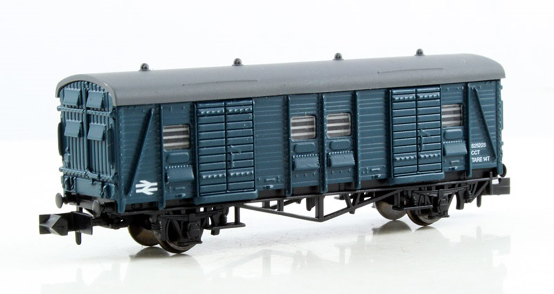 Dapol 2F-047-007 BR Blue CCT Van #S2522S