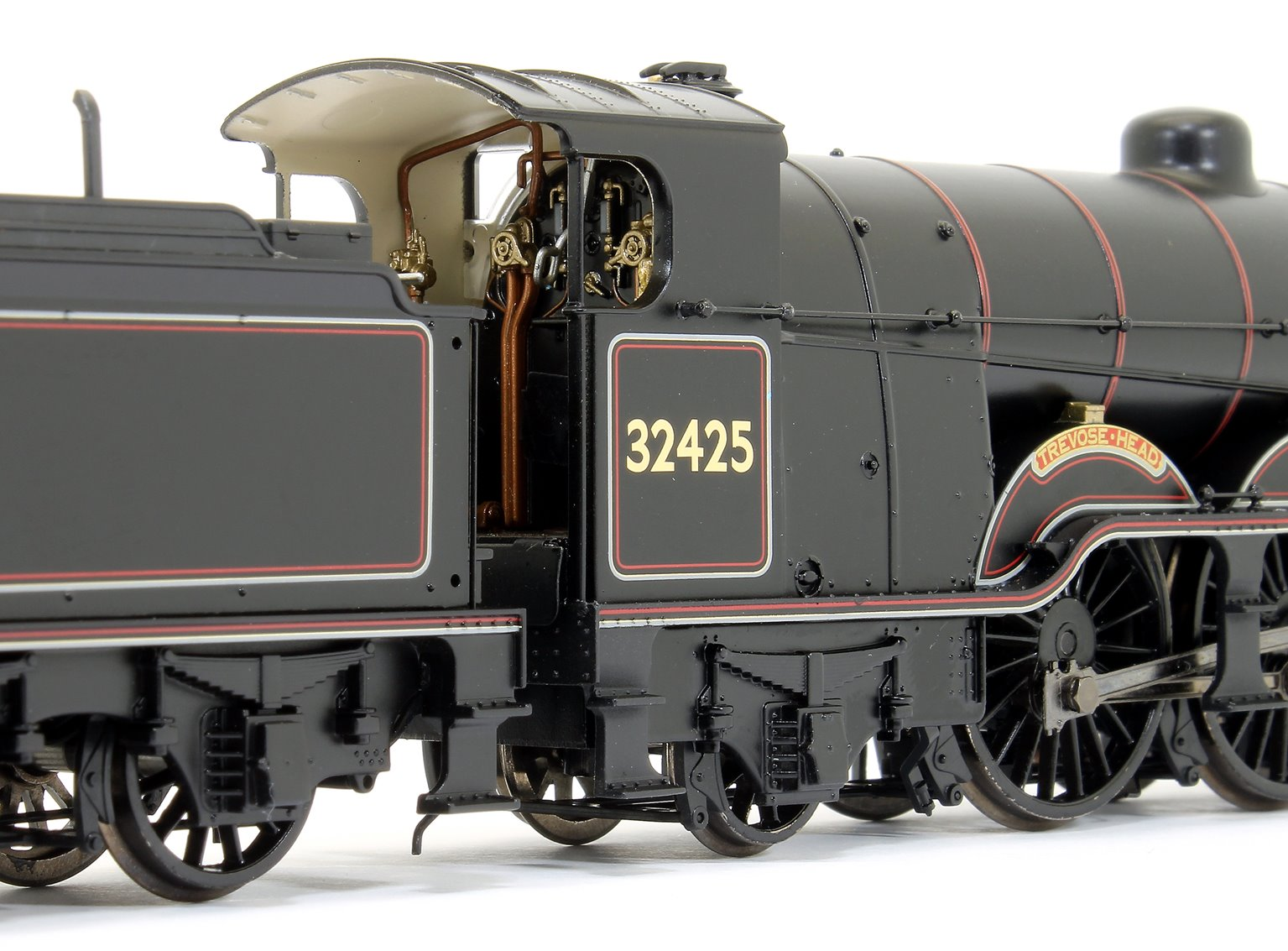 LB&SCR H2 Atlantic 32425 'Trevose Head' BR Lined Black (Early Emblem)