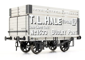 7 Plank Coke Wagon T.L.Hale Ltd No.1533 (Three Coke Rails)