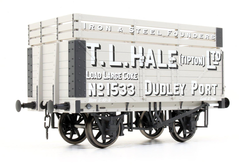 7 Plank Coke Wagon T.L.Hale Ltd No.1533 (Three Coke Rails)