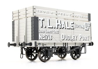 7 Plank Coke Wagon T.L.Hale Ltd No.1718 (Three Coke Rails)