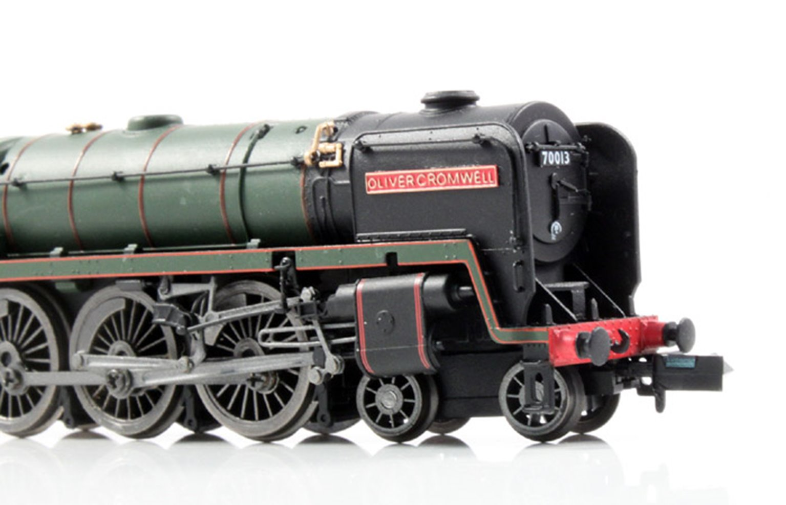 """Britannia Class 4-6-2 70013 """"Oliver Cromwell"""" BR Green early crest Locomotive"""