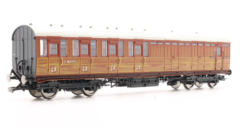 LNER Gresley Non-vestibuled Suburban 3rd Class Brake Coach, Teak