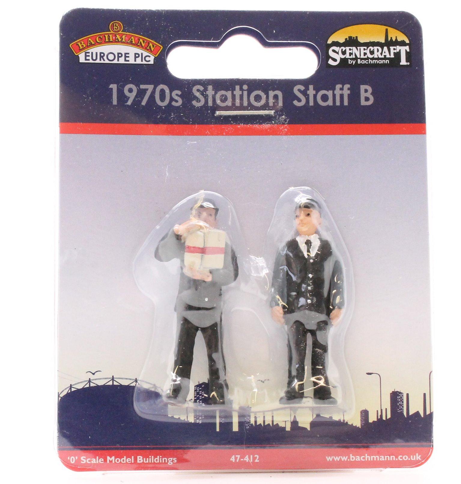 Station Staff 70's Set B