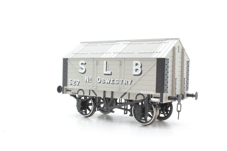 7F-017-003 4-wheel lime van - S.L.B., Oswestry