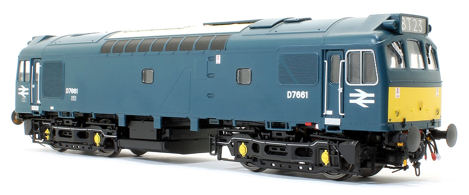 Class 25/3 - D7661 BR Early Blue with small yellow panels