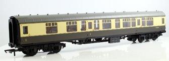 BR Mk1 Composite Coach - BR Chocolate & Cream W15612
