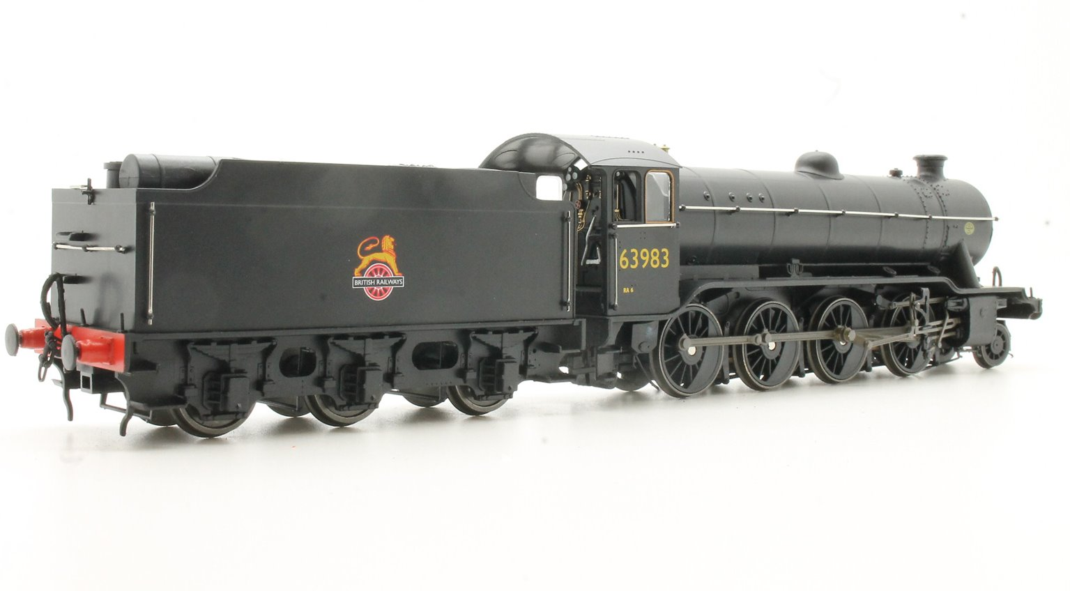 Ex-LNER Class 02/4 'Tango' 2-8-0 #63983 BR Black with Early Crest - Flush Tender