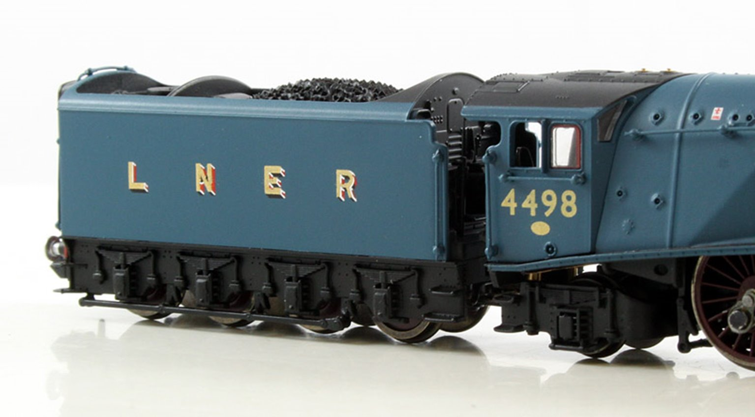 Class A4 'Sir Nigel Gresley' #4498 LNER Blue (Preserved) Double Chimney