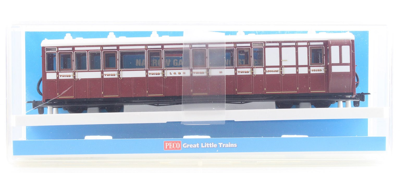 Peco GR-420B Brake Composite L&B Livery no. 16