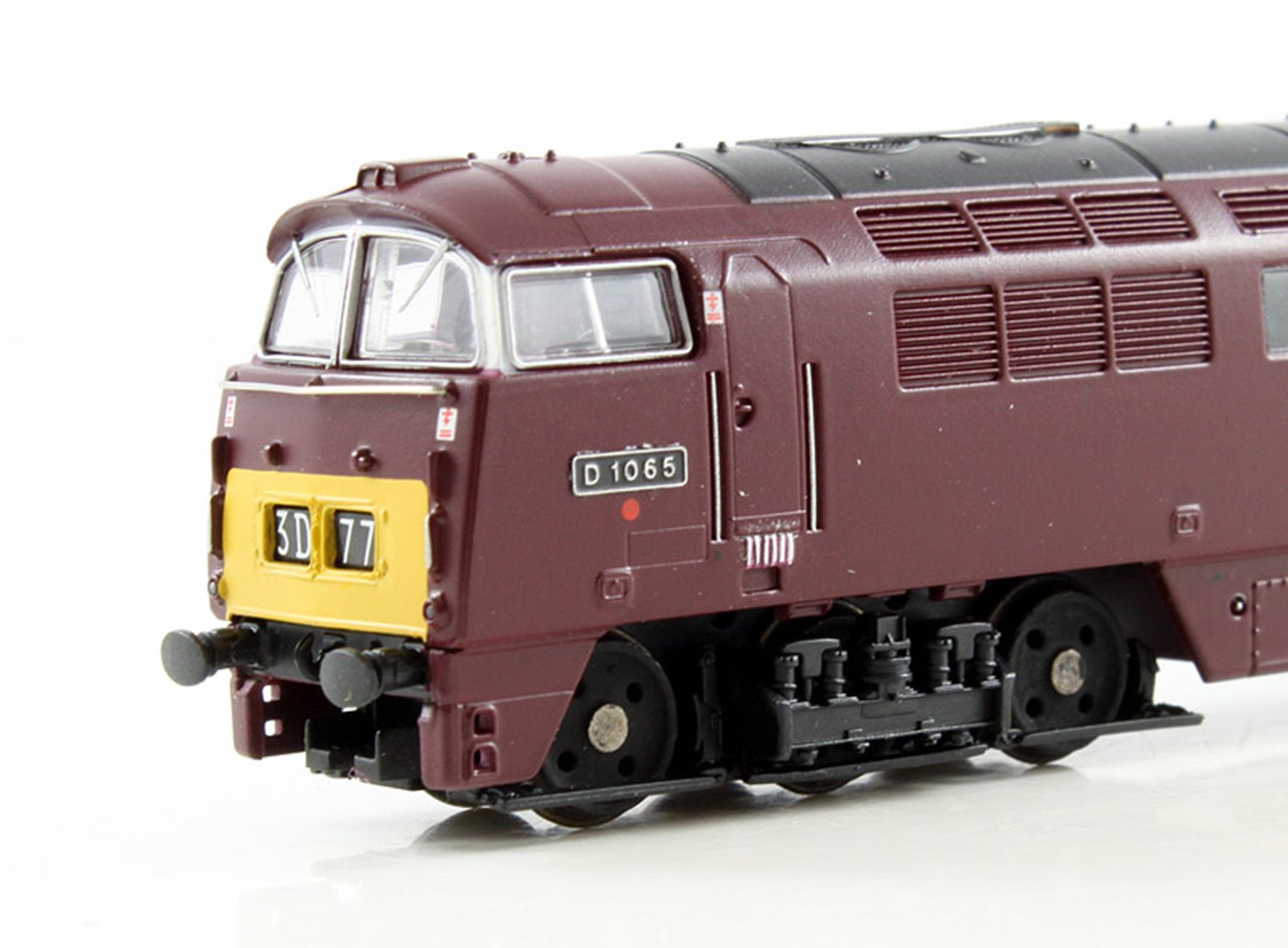 BR #D1065 Western Consort Maroon Small Yellow Panels