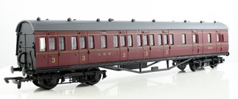 57FT STANIER NON- CORRIDOR BRAKE IN LMS MAROON LIVERY LINED 25248