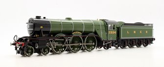 Class A1 4-6-2 2554 'Woolwinder' in LNER apple green - gloss finish