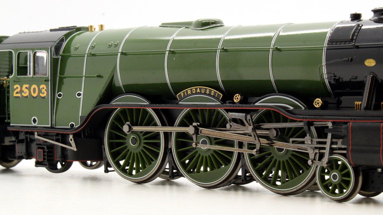 Class A3 4-6-2 2503 'Firdaussi' in LNER apple green - gloss finish