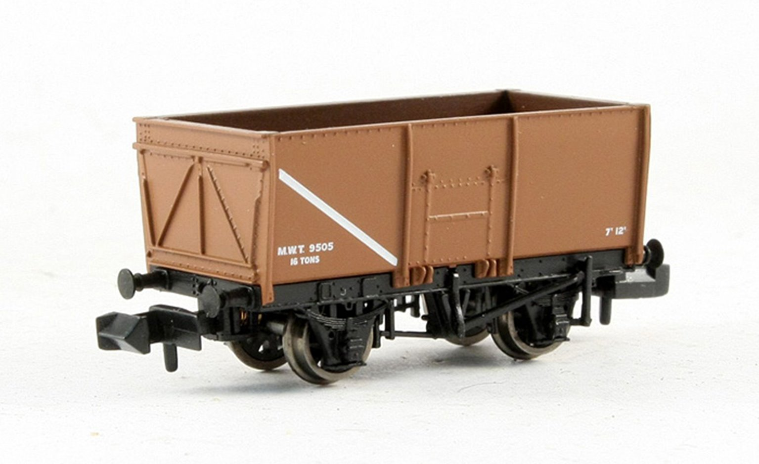16 Ton Slope Sided Riveted Side Door Mineral Wagon MWT Brown