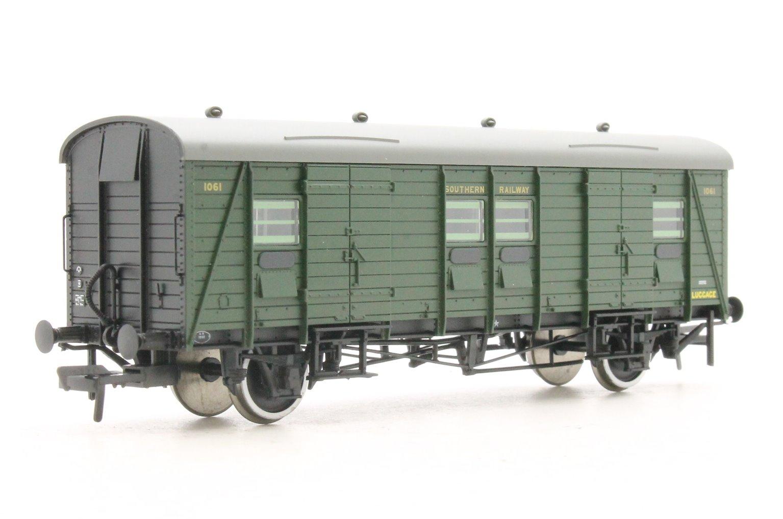 Southern PLV Passenger Luggage Van Southern Green