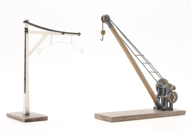 Yard Crane and Loading Gauge