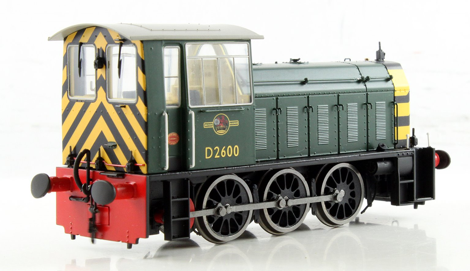 BR Hunslet Class 05 Diesel Shunter #D2600 BR Green with Wasp Stripes - Type B