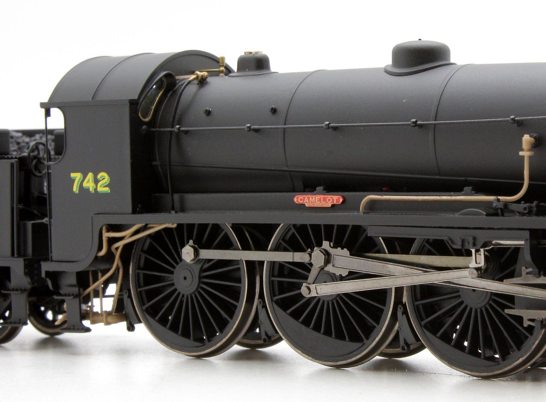 SR 4-6-0 'Camelot' '742' N15 King Arthur Class Locomotive