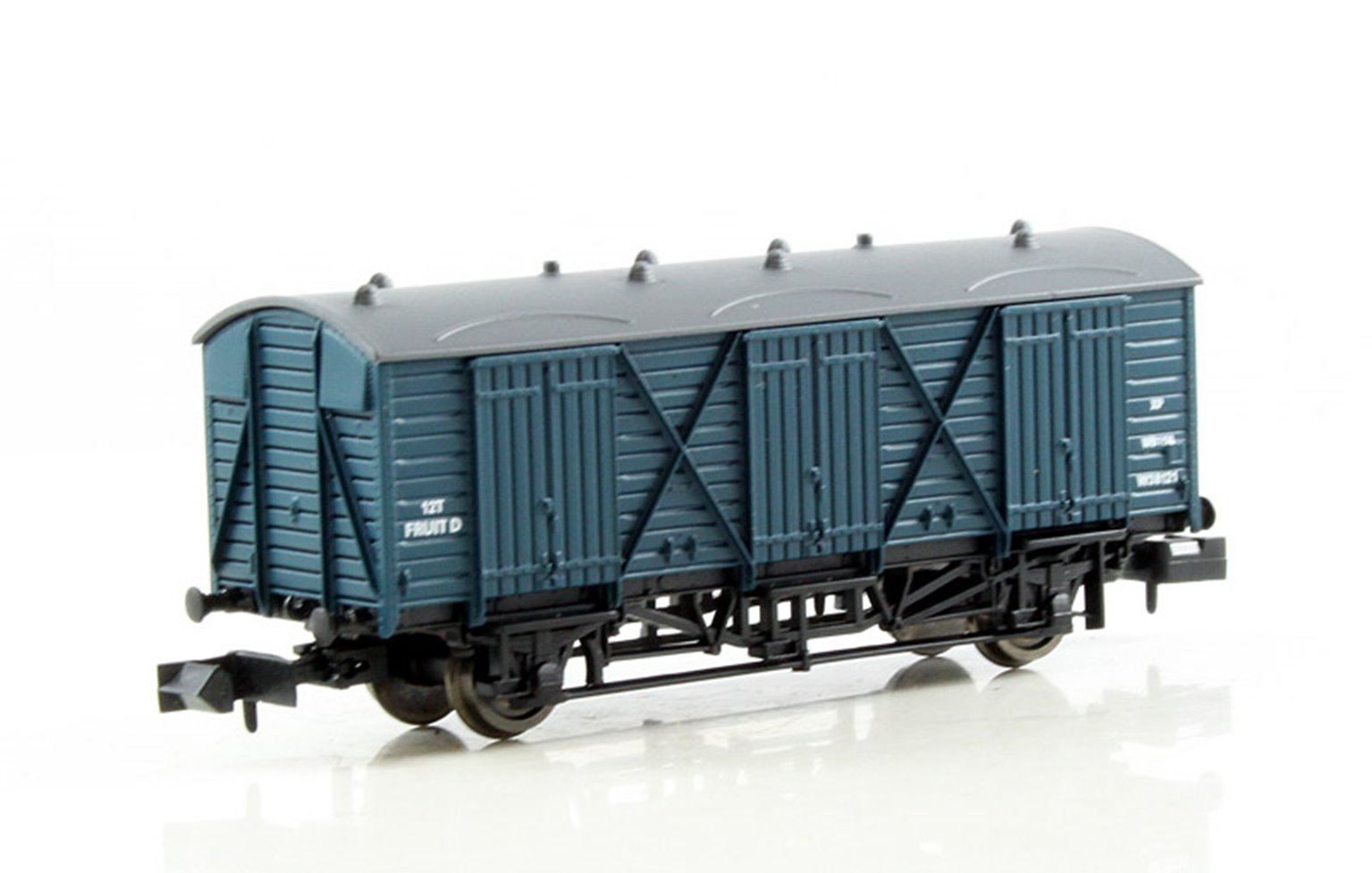 Fruit D Wagon #W38121 BR Blue with Dark Grey Roof