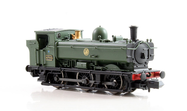 Class 57xx Pannier 0-6-0 8700 in GWR green with shirtbutton emblem - DCC