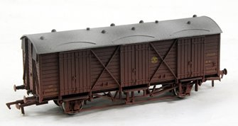 Fruit D GWR S/Button 2894 Weathered