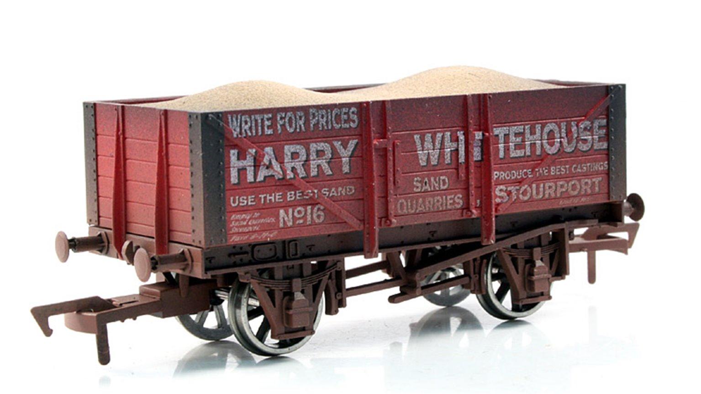 Whitehouse 5 Plank Wagon - Weathered