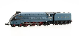 "Class A4 4-6-2 #4468 ""Mallard"" in LNER garter blue with valances"