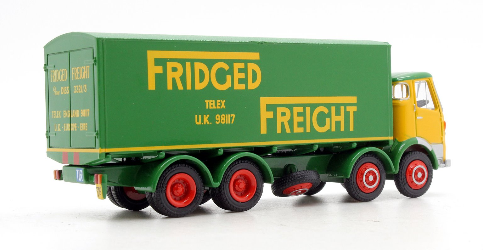 EFE 37301 Fridged Freight AEC MkV 4 Axle Box Van