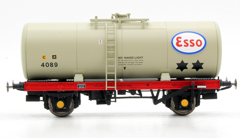 A Tank ESSO 4089 (grey with ESSO logo only)