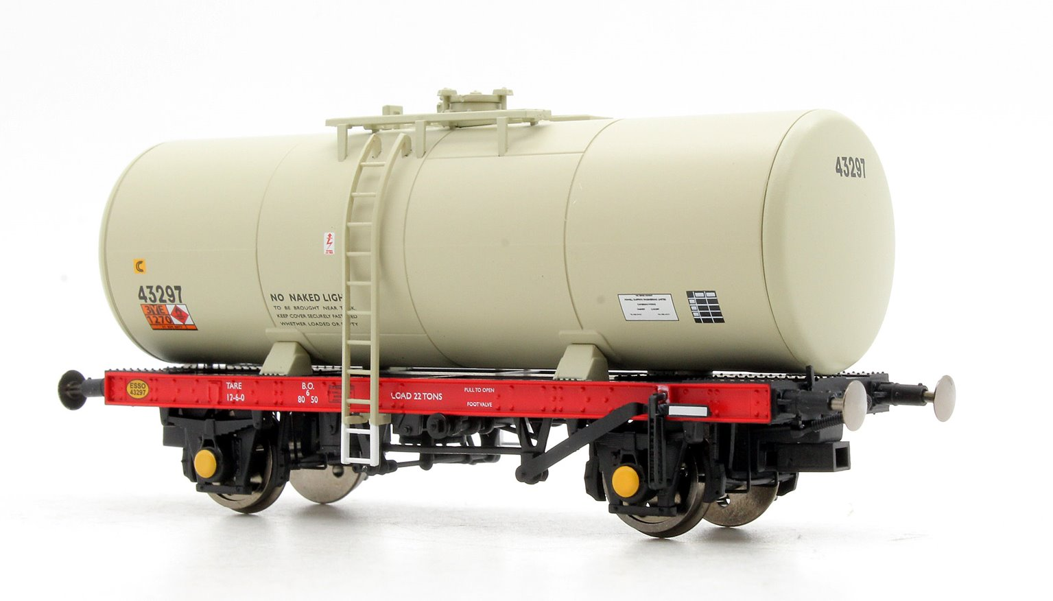 A Tank ESSO 43297 (grey - 1980's era with Hazchem symbols)
