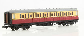 Gresley BR Carmine & Cream 2nd Class #E12704E LBR