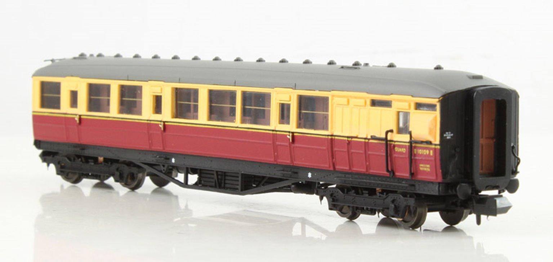 Gresley BR Carmine & Cream Brake Composite #E10109E LBR