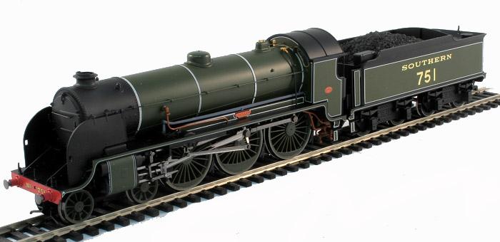 """Hornby R2723 SR 4-6-0 Class N15 Locomotive 751 /""""ETARRE/"""" DCC Ready"""