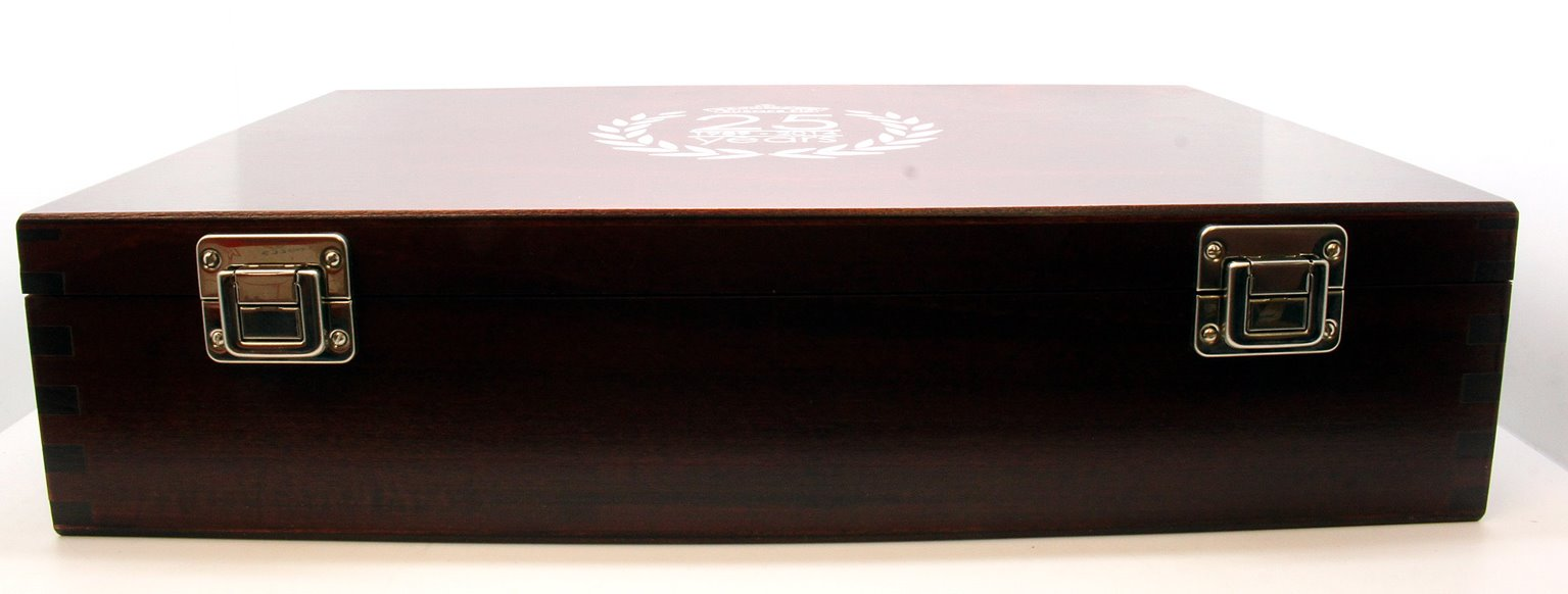 limited edition wooden twin locomotive presentation box
